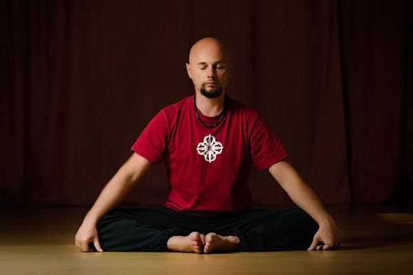 Анатолій Пахомов - інструктор Ваджра йоги, Київ